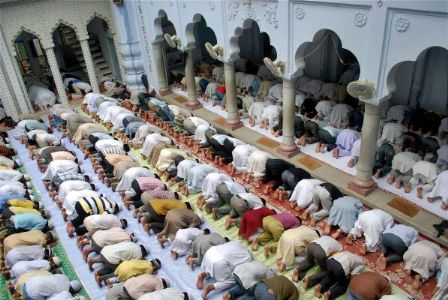 In Maharashtra, police took action against the mob which gather together for Namaz.