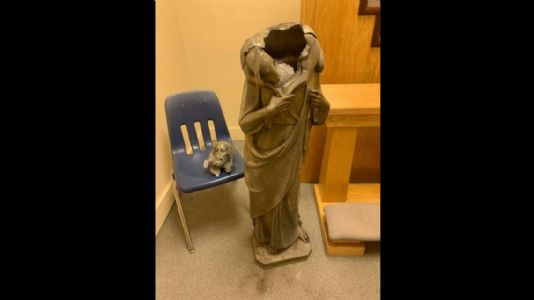 Unidentified person beheads statue of Jesus Christ in the USA