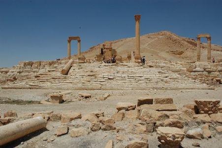 How the idol of Arabian Goddess Al Laat demolished