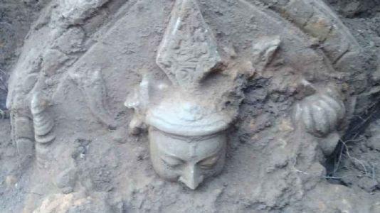 ASI team unearths large Buddha statue in Hazaribagh village
