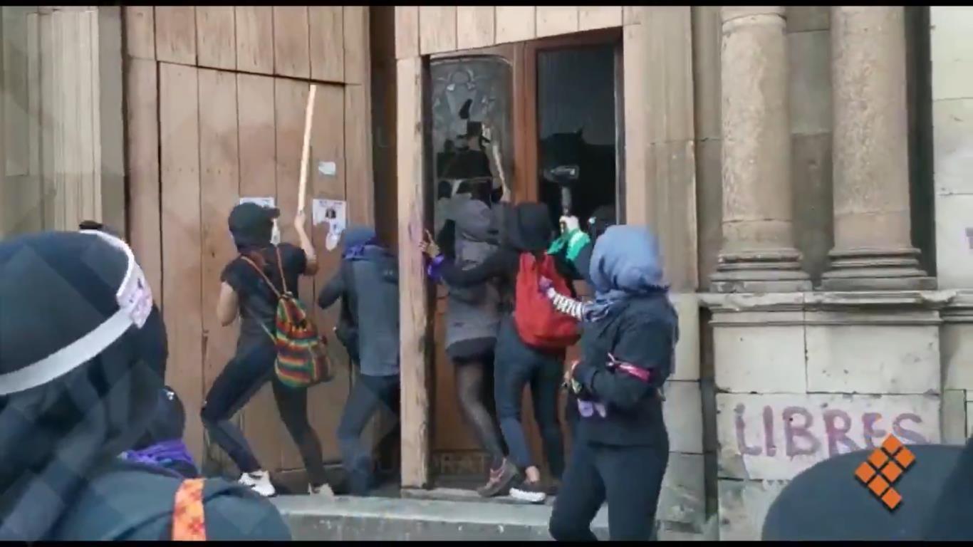 Woman activists attack, d