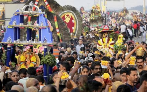What reveals the Muslim's petition seeking a ban on Hindu festivals?