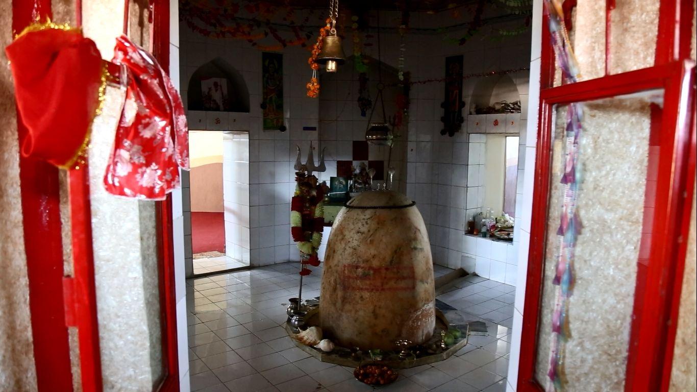 Hindus file case against