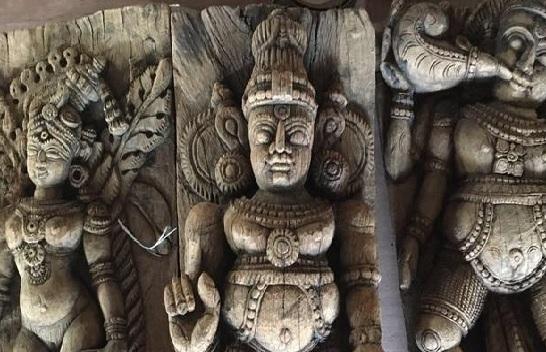 Ancient Hindu idols stole