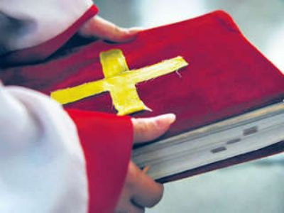 Christians convert tribals by giving Rs 5000 per month