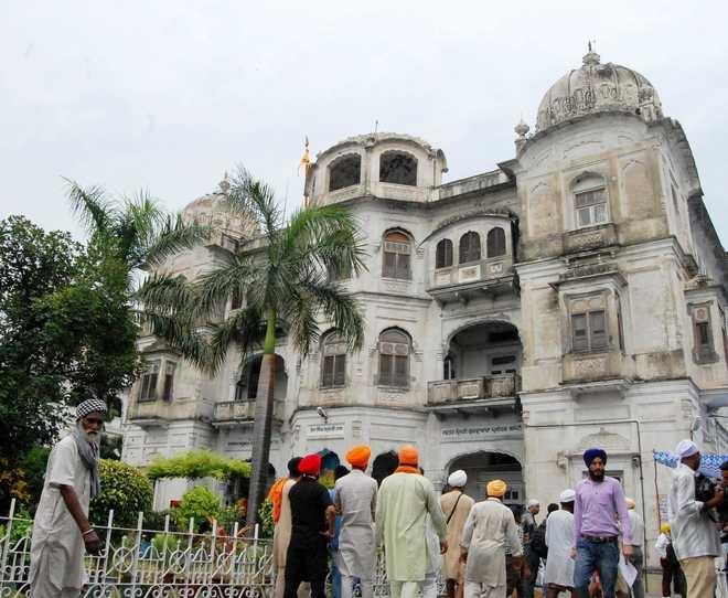 Sikh leader opposes polit