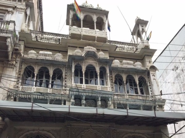 Indore's Glass temple of
