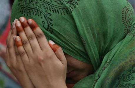 Victim woman claims Maulavi said prominent clerics will give lakhs of rupees after converting to Islam